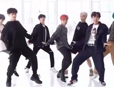 BTS Kpop boy band